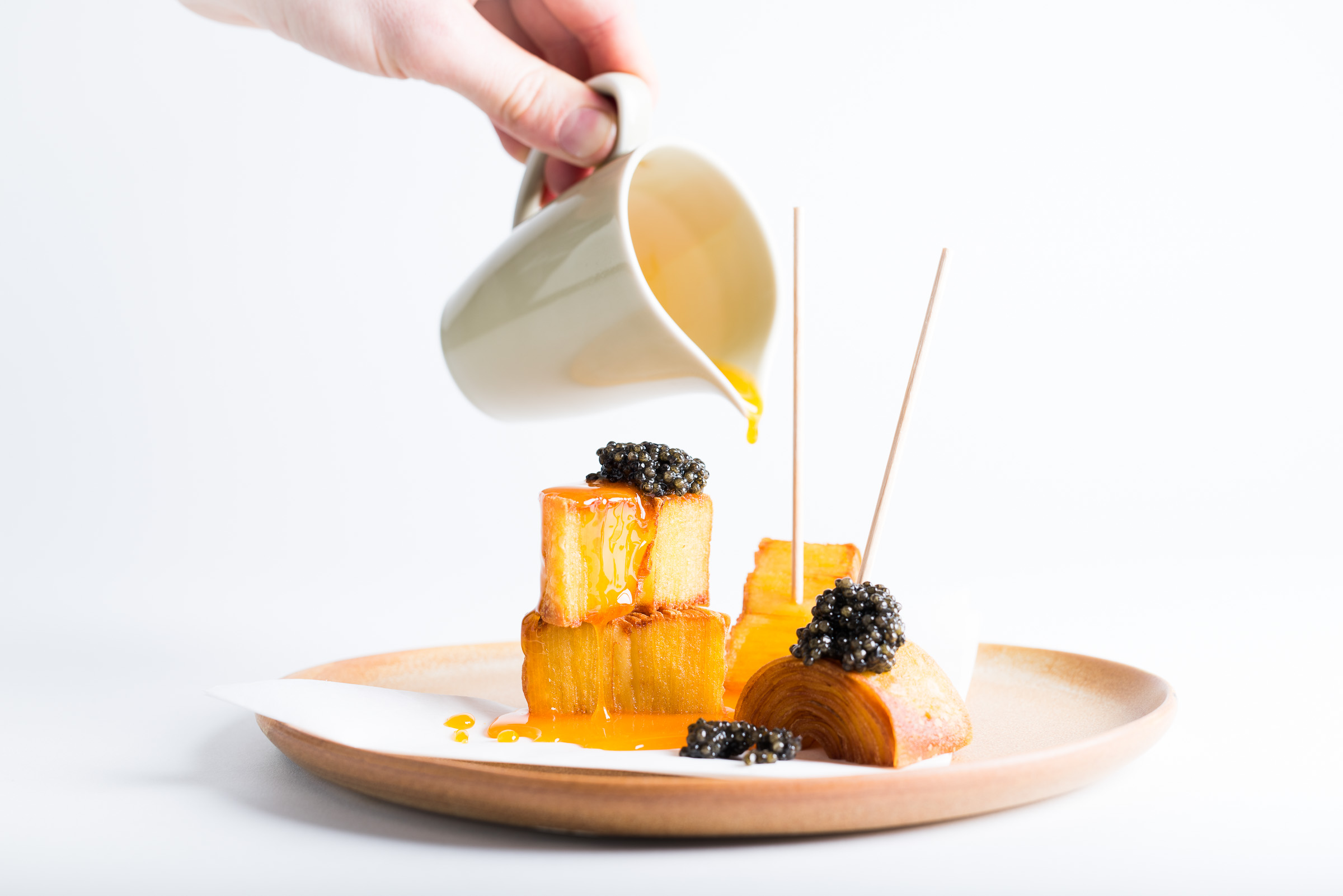potato-bark-egg-yolk-and-caviar